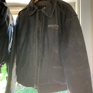 Men's size 42 Harley Davidson leather jacket 1980s